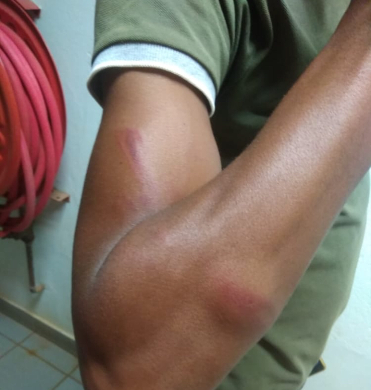 King Mswati's royal police brutally assault, arrest protesting students, William Pitcher College closed.
