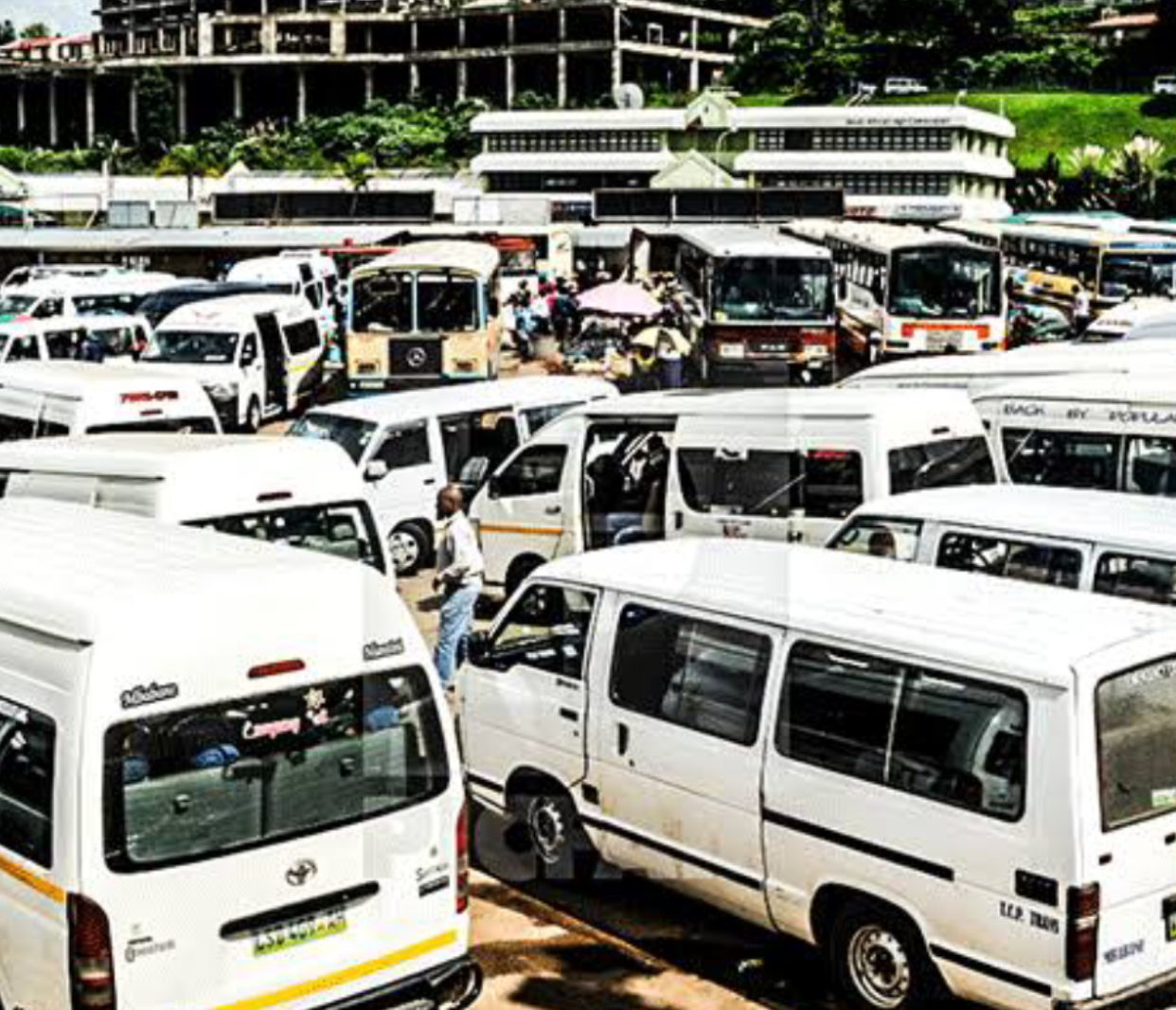 Shortage of Ambulances: Kombis Association warns the Nation as COVID-19 patients use public transports.